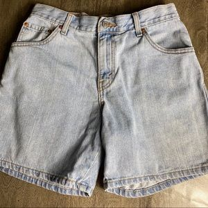 *Levis 550 Womens Relaxed Denim Shorts Blue…